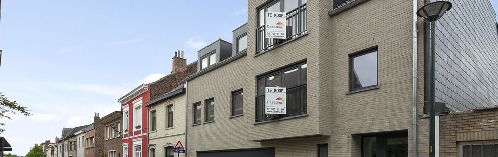 CASALINA Real Estate vous propose en vente: 4 appartements dans le centre de Zaventem. Projet d'investissement à quelques pas de l'aéroport et de la gare. Prix à partir de 215.000 €. Ces nouveaux appartements sont à 100 m du centre de Zaventem, des