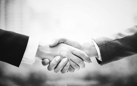 3. Contrat entre les deux parties